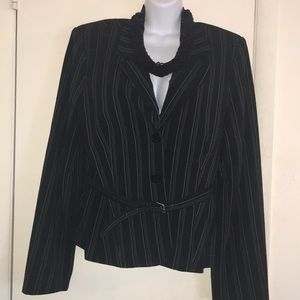 🎉PRICE DROP 🎉 New Pin Striped Belted Jacket🎁